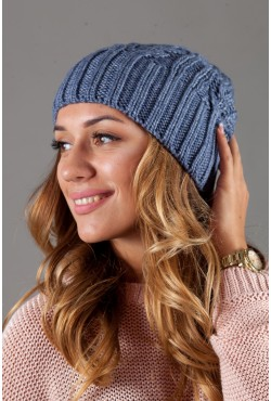 Женская вязанная шапка W-Luxury 630S-20