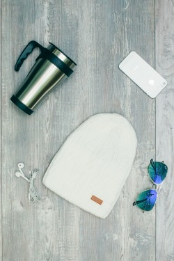 Женская вязанная шапка D45 White