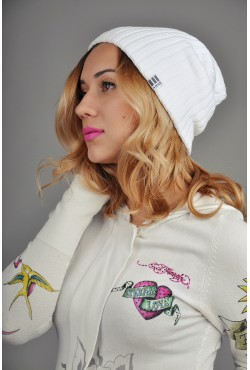 Женская трикотажная шапка OzziWhite2