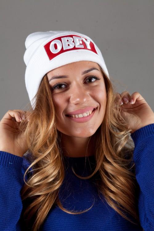 Женская шапка ObeyWhite