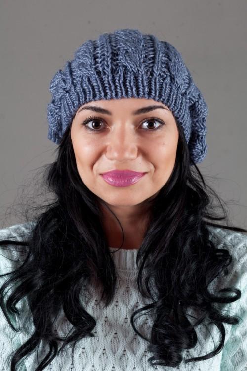 Женская вязанная шапка W-Luxury 9197S-20