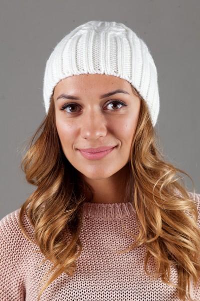 Женская вязанная шапка W-Luxury 630S-8