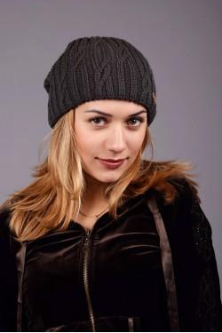 зимние шапки, Женская вязанная шапка D45 Dark Grey