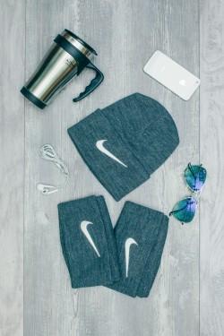 Мужская спортивная шапка Nike серая