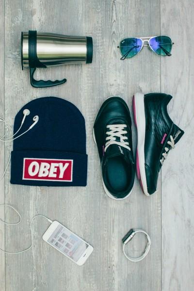 Мужская шапка Obey темно синяя