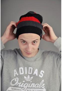 Мужская трикотажная шапка Ozzi Striped красная