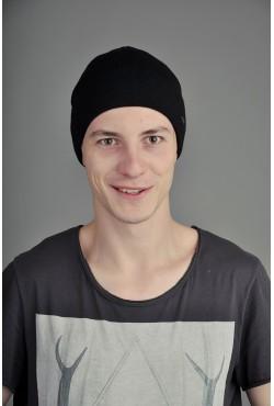 Мужская трикотажная шапка Ozzi Lap5 черная