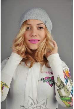 Женская трикотажная шапка 138