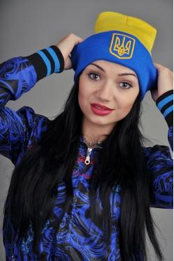 зимние шапки, Женская шапка Ukraine