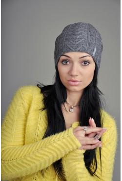 Женская вязаная шапка 707